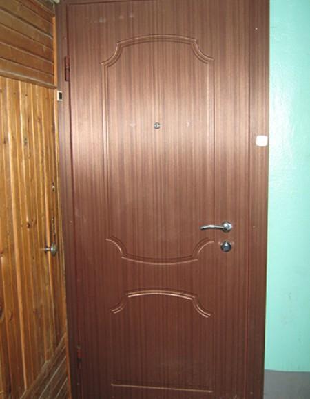 Отделка входных дверей МДФ панелями