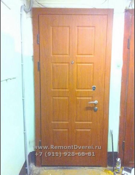 Отделка металлической двери в квартире. Пушкин