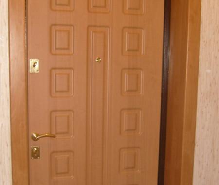 Внутренняя отделка двери